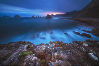 Jean Claude Castor, Spanien Asturien Strand Playa Gueirua zum Sonnenaufgang (Spanien, Europa)