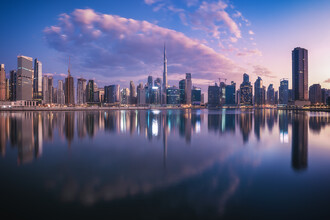 Jean Claude Castor, Dubai Skyline Business Bay Panorama am Morgen (Vereinigte Arabische Emirate, Asien)
