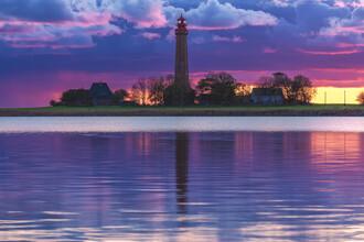 Jean Claude Castor, Leuchtturm Flügge auf Fehmarn zum Sonnenuntergang (Deutschland, Europa)