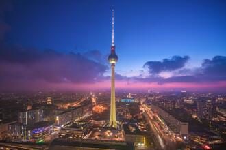 Jean Claude Castor, Berliner Fernsehturm zur blauen Stunde (Deutschland, Europa)