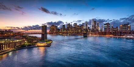 Jan Becke, Manhattan Skyline and Brooklyn Bridge (United States, North America)