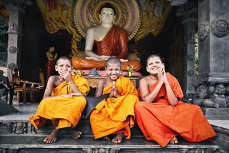 Victoria Knobloch, Happy little buddhas (Sri Lanka, Asia)