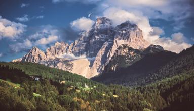 Jean Claude Castor, Monte Pelmo in den Dolomiten als Panorama (Italien, Europa)