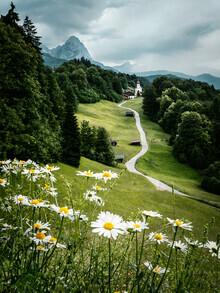 Lukas Saalfrank, Bergkapelle in den deutschen Alpen (Deutschland, Europa)