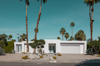 Roman Becker, Palm Springs The White House #2 (United States, North America)