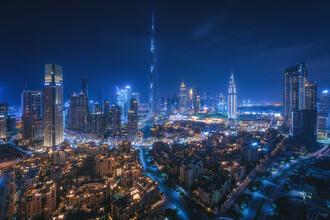 Jean Claude Castor, Skyline Dubai bei Nacht als Panorama (Vereinigte Arabische Emirate, Asien)