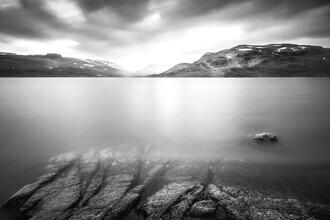 Felix Baab, Verschwindende Felsen im Wasser (Norwegen, Europa)