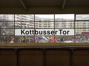 Claudio Galamini, U-Bahnhof Kottbusser Tor (Deutschland, Europa)