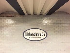 Claudio Galamini, U-Bahnhof Uhlandstraße (Deutschland, Europa)