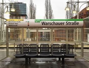 Claudio Galamini, U-Bahnhof Warschauer Straße (Deutschland, Europa)