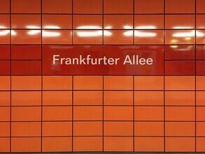 Claudio Galamini, U-Bahnhof Frankfurter Allee (Deutschland, Europa)