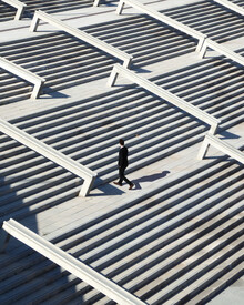 Roc Isern, Between the lines (Spanien, Europa)