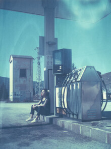 Jennifer Rumbach, at the gasstation (Italy, Europe)