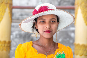 Miro May, Thanaka Lady (Myanmar, Asia)