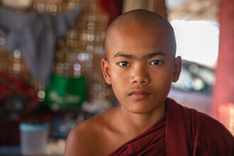 Miro May, Monk in Bagan (Myanmar, Asia)