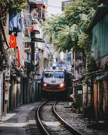 André Alexander, Train ride II (Vietnam, Asia)