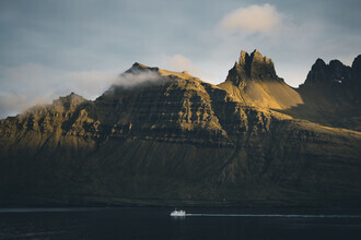 Philipp Pablitschko, Lonely Boat (Island, Europa)