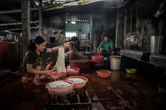Thomas Junklewitz, Reisnudelproduktion (Vietnam, Asien)