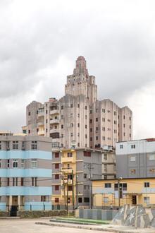 Miro May, Palace (Kuba, Lateinamerika und die Karibik)