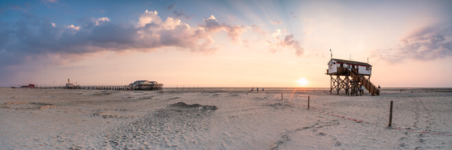 Jan Becke, Sunset at the North Sea beach near Sankt Peter-Ording (Germany, Europe)