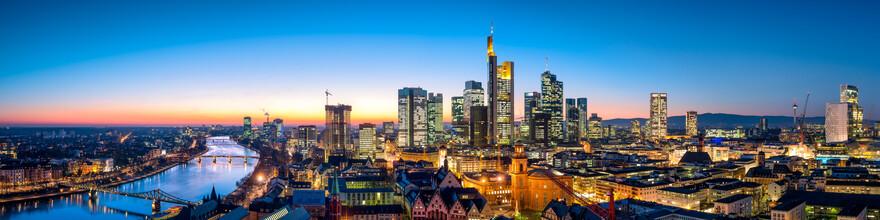 Jan Becke, Frankfurt Skyline Panorama (Deutschland, Europa)
