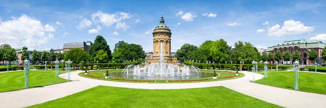 Jan Becke, Mannheim Friedrichsplatz mit Wasserturm (Deutschland, Europa)