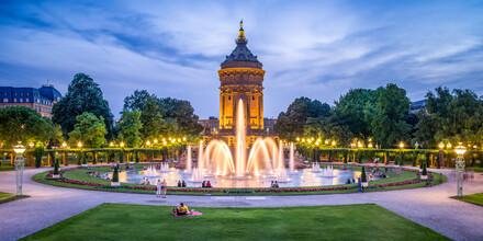 Jan Becke, Der Wassertum in Mannheim am Abend (Deutschland, Europa)