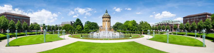 Jan Becke, Mannheim Friedrichsplatz Panorama mit Blick auf den Wasserturm (Deutschland, Europa)