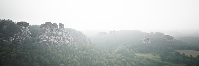 Dennis Wehrmann, Morning fog at the Elbe sandstone mountains (Germany, Europe)