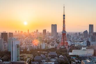 Jan Becke, Tokyo Tower bei Sonnenuntergang (Japan, Asien)