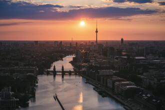 Jean Claude Castor, Berlin Skyline zum Sonnenuntergang (Deutschland, Europa)