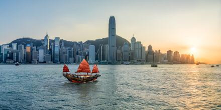 Jan Becke, Skyline von Hongkong bei Sonnenuntergang (Hong Kong, Asien)
