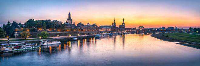 Jan Becke, Dresden Skyline bei Sonnenuntergang (Deutschland, Europa)