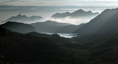 Helmut Pfirrmann, twilight in the mountains (Norwegen, Europa)