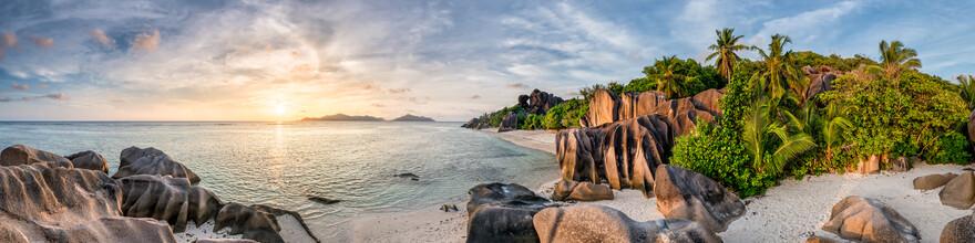 Jan Becke, Sonnenuntergang auf La Digue (Seychellen, Afrika)