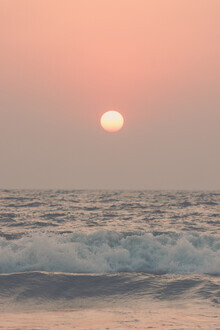 Victoria Frost, Pink Beach Sunset (India, Asia)