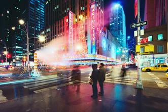 Radio City - fotokunst von Amaar Ujeyl