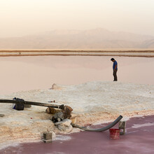 Christopher Horne, Sonnenuntergang am Salzsee (Iran, Asien)