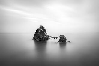 Jan Becke, Meoto Iwa Felsen an der Küste von Ise (Japan, Asien)
