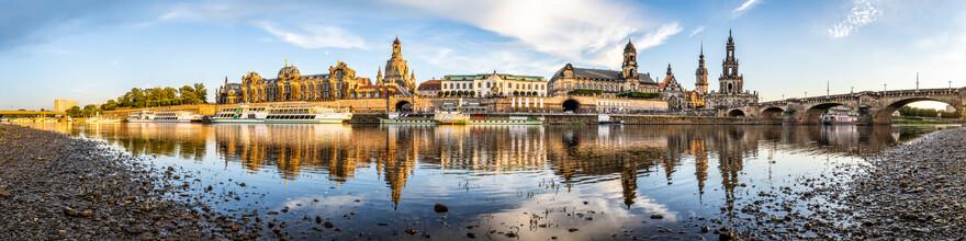 Jan Becke, Am Elbufer von Dresden (Deutschland, Europa)