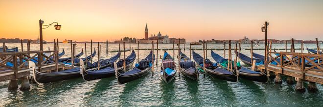 Jan Becke, Gondeln in Venedig (Deutschland, Europa)