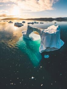 Roman Königshofer, Eisberg Bogen in Südgrönland (Grönland, Europa)