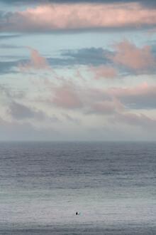 AJ Schokora, Last Wave (Australien, Australien und Ozeanien)