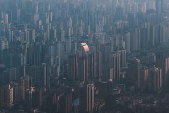 AJ Schokora, One in a Shanghai (China, Asien)