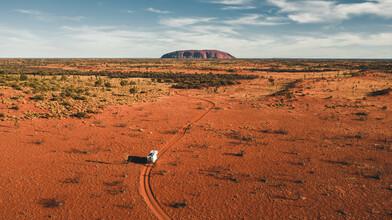 Leander Nardin, adventure truck on the way to uluru (Australia, Oceania)