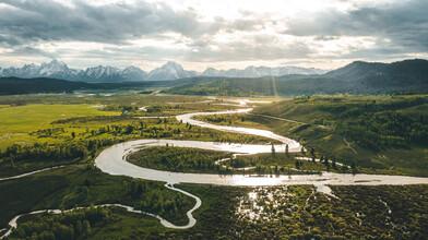 Leander Nardin, River Meandering Through Green Grassland (United States, North America)