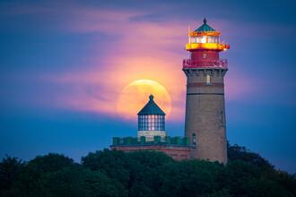 Martin Wasilewski, Full Moon at Cape Arkona (Germany, Europe)
