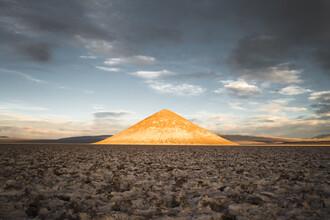 Felix Dorn, The Magic Cone (Argentina, Latin America and Caribbean)