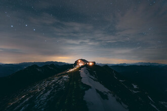 Sebastian 'zeppaio' Scheichl, Mountain hut by night (Austria, Europe)