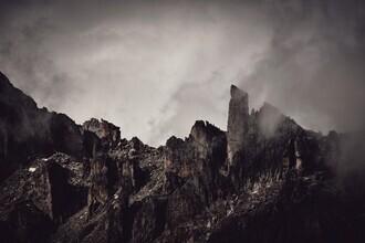 Alex Wesche, Stimmungsvolle Bergsilhouette (Schweiz, Europa)